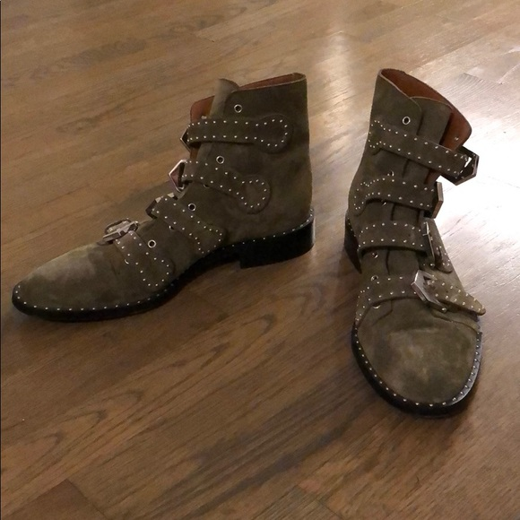 aee3bb180a3 Like new Givenchy Studded Ankle Boots